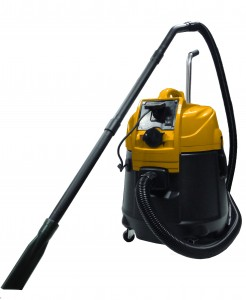 Power-Cyclone Pond Vacuum